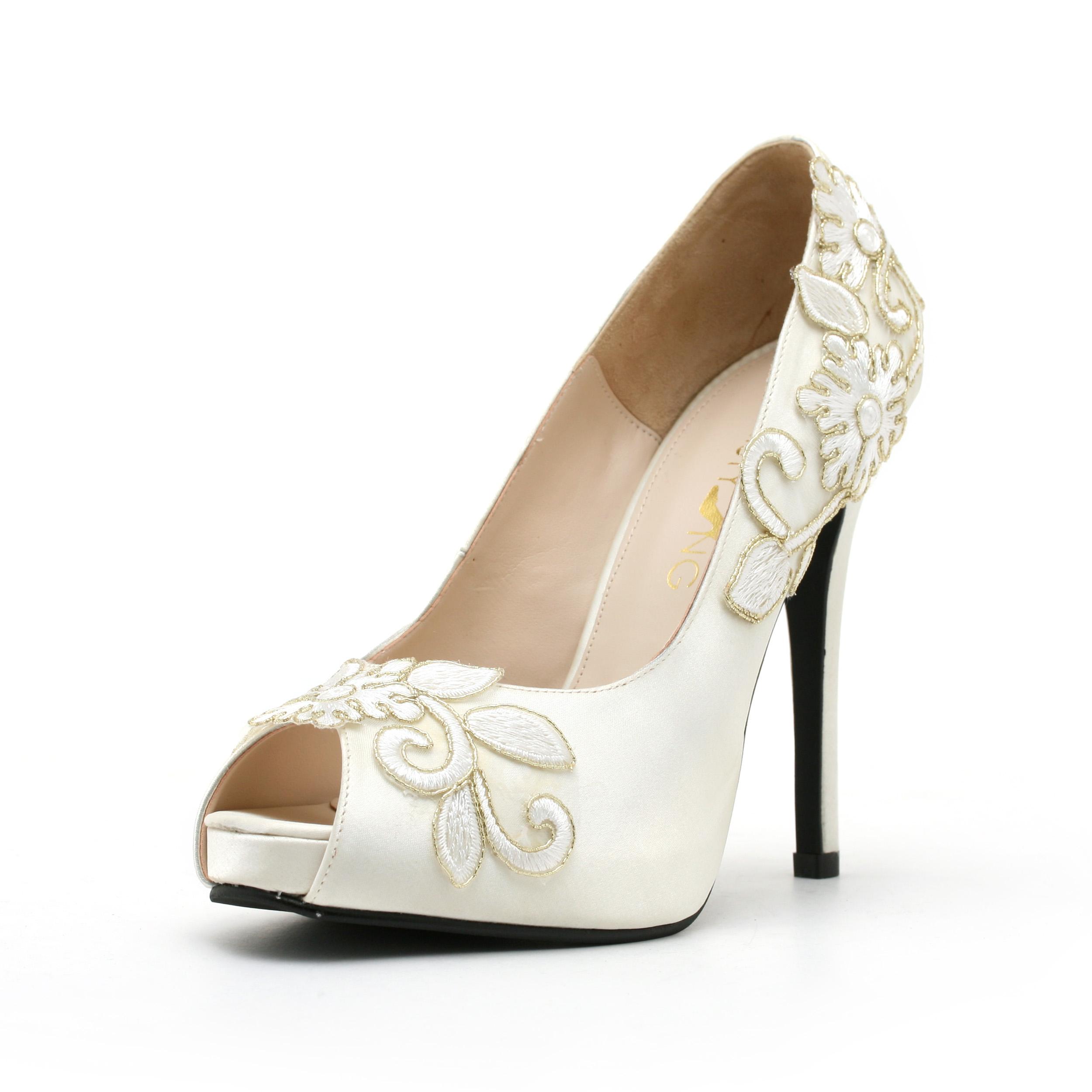 176d53a3c1e94 Beautiful Wedding Shoes Bridal Shoes Low Heel 2014 UK Wedges Flats Designer  Photos Pics Images Wallpapers