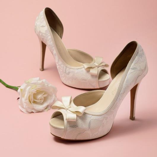 Latest Trendiest Bridal Shoes for 2016